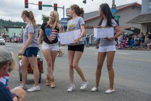 The Forks High School Cheerleaders