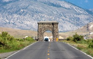 Roosevelt Arch at the entrance to Yellowstone National Park
