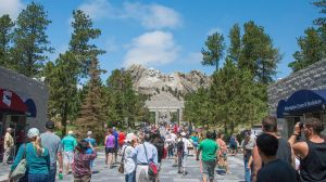 The hordes at Mt. Rushmore