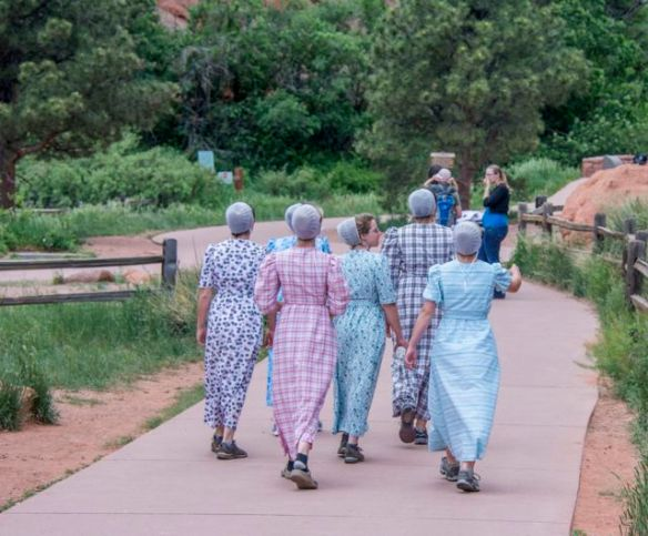Amish Girls visiting the Garden of the Gods
