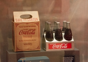 The first Coca-Cola six-pack was sold in 1923!